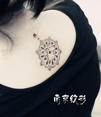 如何区别分清:莲花纹身还是荷花纹身?
